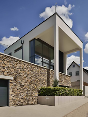 Vogelhaus 01 - Glasfassade Privathaus