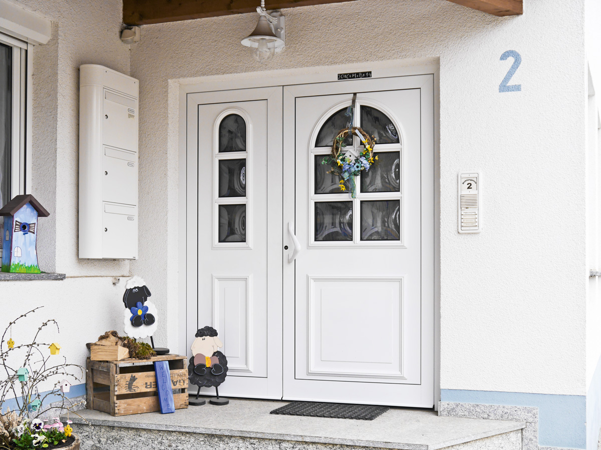 Haustüre aus Aluminium Zweiteilig