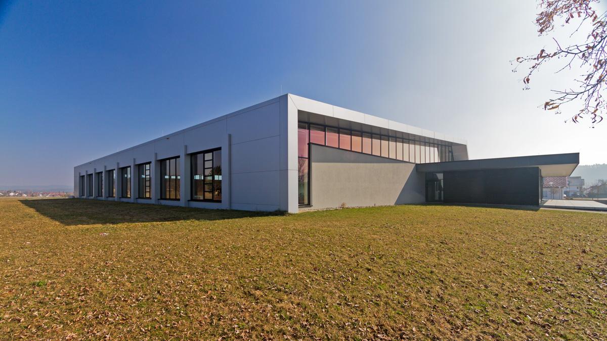 metallbau muench sporthalle deisslingen 5401 - Sporthalle Deisslingen
